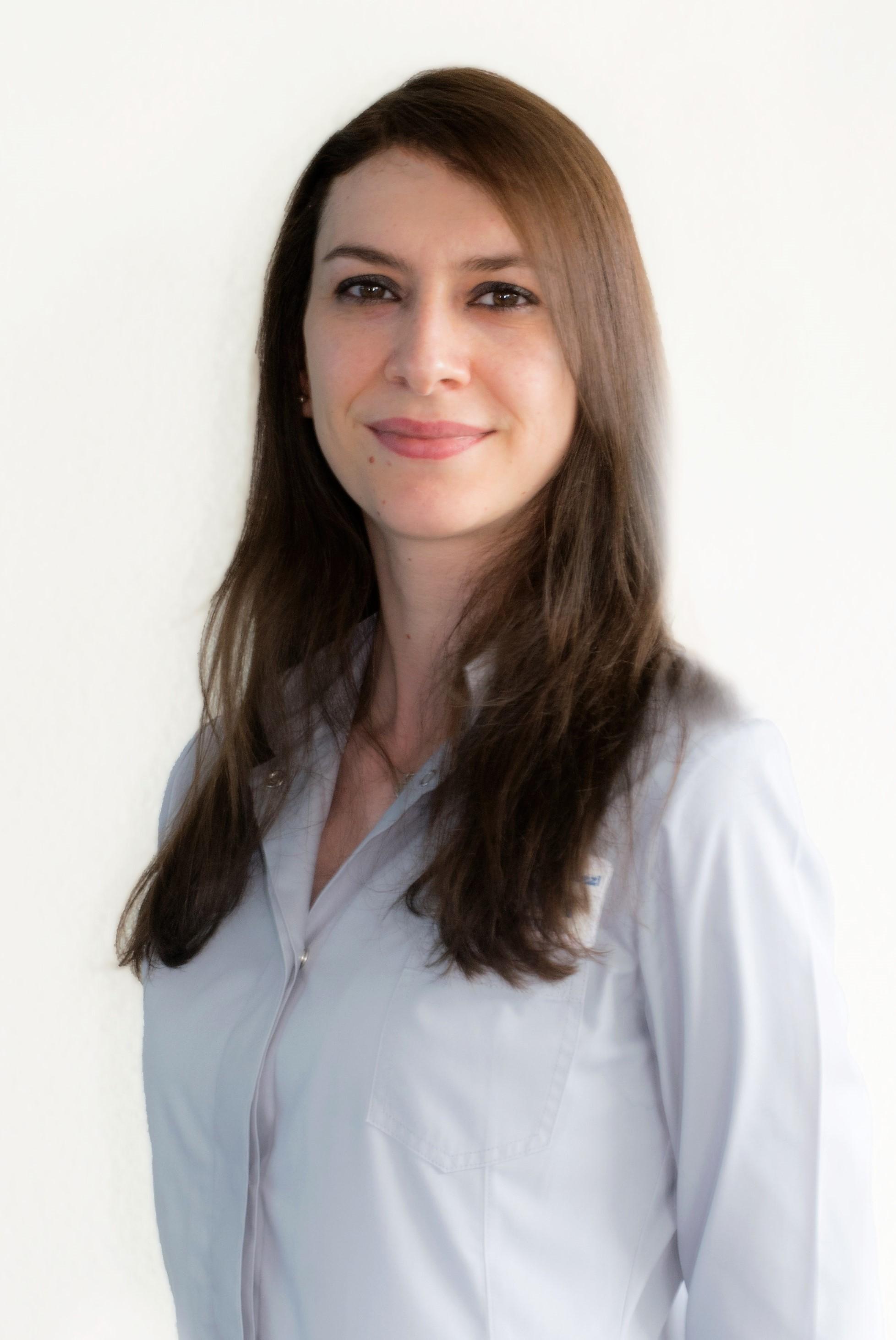 ELZANA KAZIMOSKA
